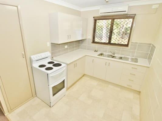$100, Flatshare, 3 bathrooms, Hume Street, Norman Gardens QLD 4701