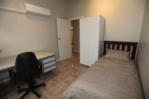 $135, Student-accommodation, 4 rooms, Sycamore Terrace, Campbelltown SA 5074, Sycamore Terrace, Campbelltown SA 5074