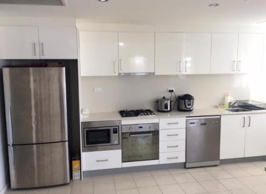 $275, Flatshare, 2 bathrooms, Railway Parade, Burwood NSW 2134