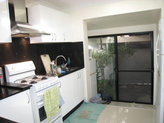 $270, Share-house, 4 bathrooms, Belmore Street, Surry Hills NSW 2010