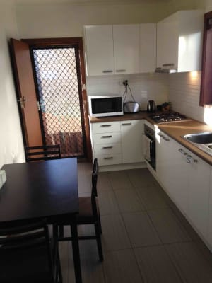 $199, Flatshare, 2 bathrooms, Blyth Street, Brunswick VIC 3056