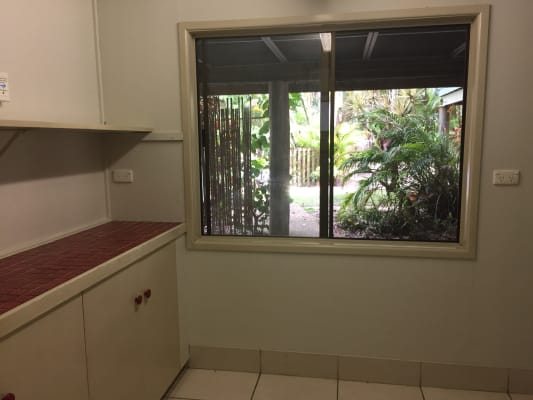 $300, Granny-flat, 1 bathroom, Maximillian Road, Noosa North Shore QLD 4565