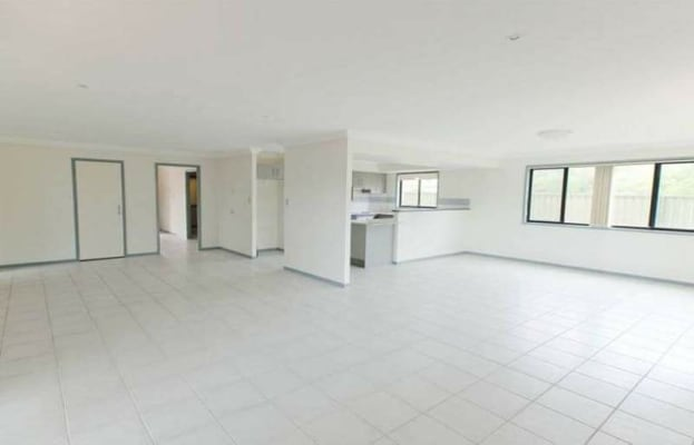 $162, Share-house, 4 bathrooms, Mizen Place, Holland Park West QLD 4121