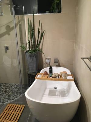 $250-270, Flatshare, 2 rooms, Mitre Street, Saint Lucia QLD 4067, Mitre Street, Saint Lucia QLD 4067