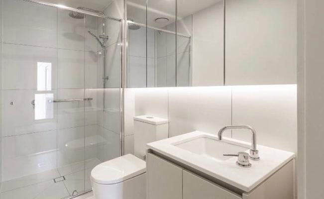 $300, Flatshare, 2 bathrooms, Woorayl Street, Carnegie VIC 3163