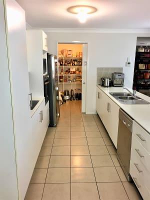 $170, Share-house, 5 bathrooms, Arrol Street, Camp Hill QLD 4152