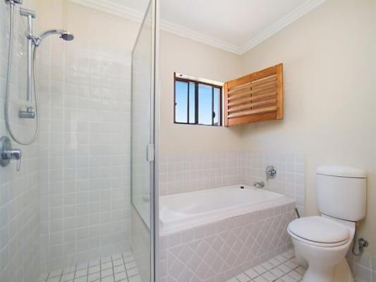 $210, Studio, 1 bathroom, Pine Valley Drive, Robina QLD 4226