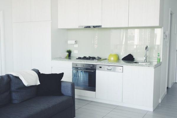 $400, Flatshare, 2 rooms, La Trobe Street, Docklands VIC 3008, La Trobe Street, Docklands VIC 3008