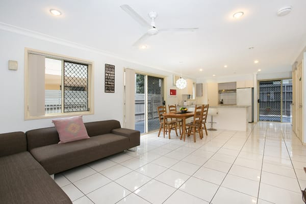 $130, Share-house, 5 bathrooms, Howsan Street, Mount Gravatt East QLD 4122