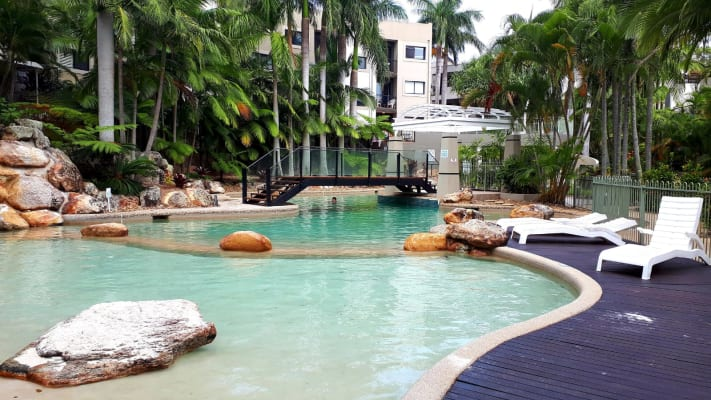 $360, Flatshare, 3 bathrooms, Great Hall Drive, Miami QLD 4220