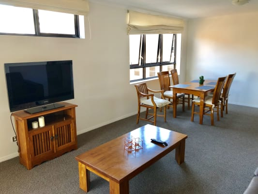 $165, Flatshare, 3 bathrooms, Wickham Terrace, Spring Hill QLD 4000