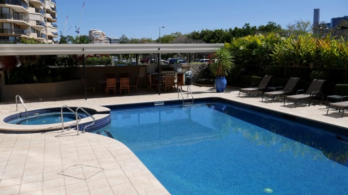 $280, Flatshare, 3 bathrooms, Lower River Terrace, South Brisbane QLD 4101