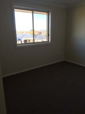 $140, Share-house, 4 bathrooms, Keane Drive, Kelso NSW 2795