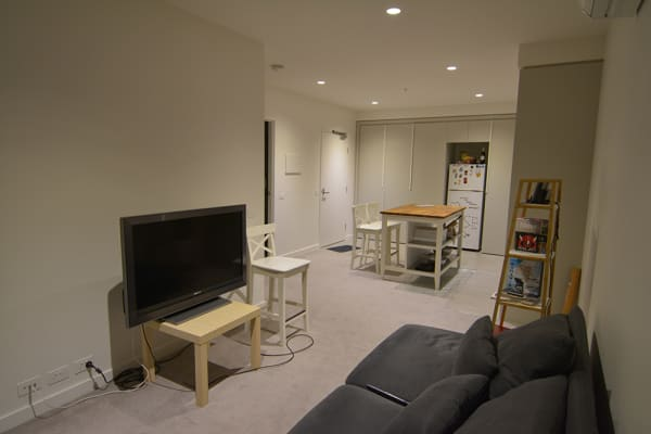 $320, 1-bed, 1 bathroom, Acacia Place, Abbotsford VIC 3067