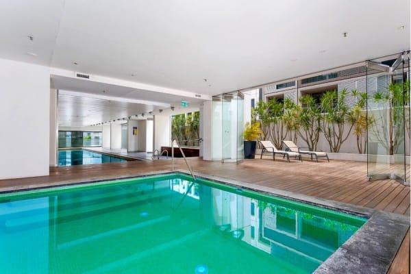 $370, Flatshare, 2 bathrooms, Pacific Highway, St Leonards NSW 2065
