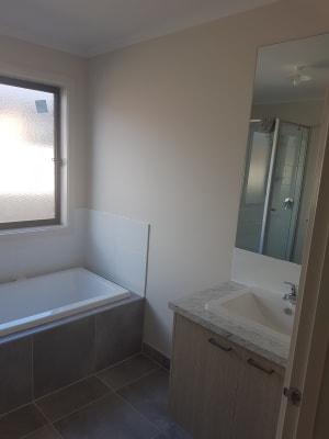 $160, Share-house, 2 rooms, Edwina Road, Delacombe VIC 3356, Edwina Road, Delacombe VIC 3356