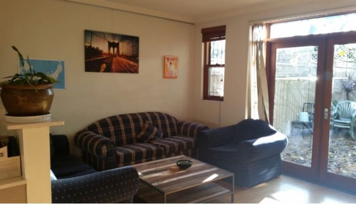 $290, Share-house, 3 bathrooms, Edgeware Road, Newtown NSW 2042