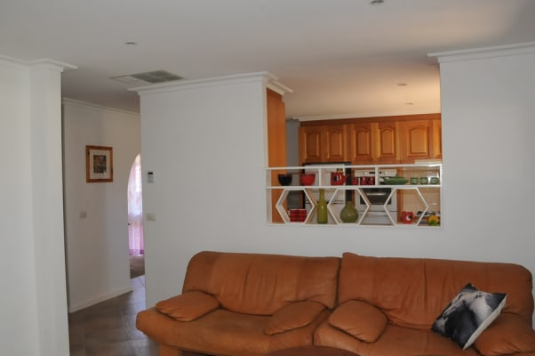 $250, Whole-property, 1 bathroom, Fingal Drive, Frankston VIC 3199