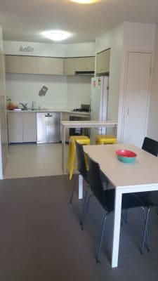 $135, Flatshare, 2 bathrooms, Water Street, Fortitude Valley QLD 4006