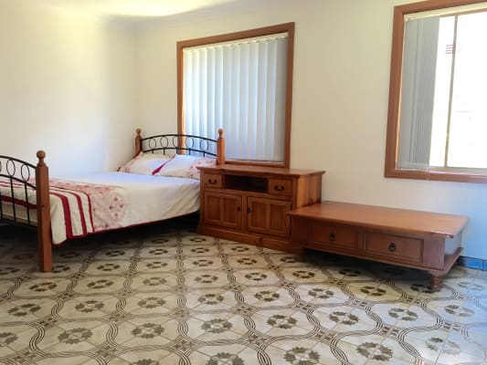 $390, Share-house, 4 bathrooms, Wattle Road, North Manly NSW 2100