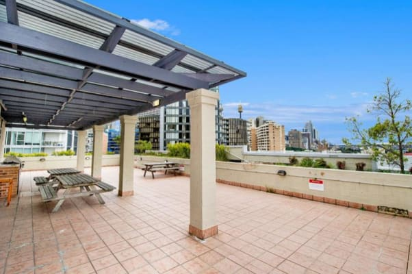 $100, Flatshare, 2 bathrooms, Riley Street, Darlinghurst NSW 2010