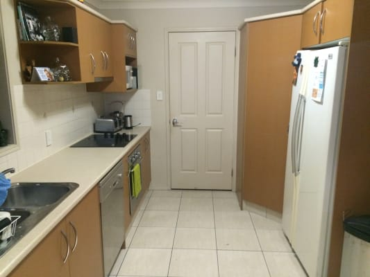 $155, Flatshare, 4 bathrooms, North Shore Ave, Varsity Lakes QLD 4227