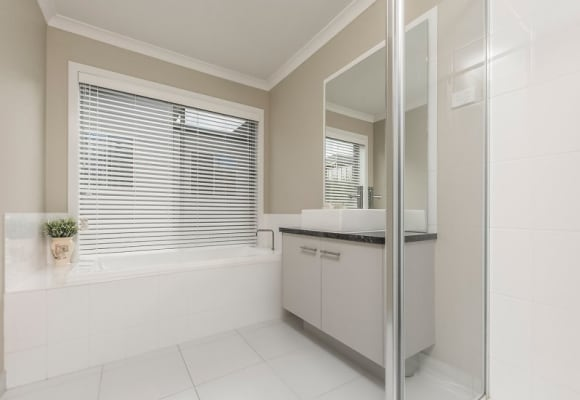 $150, Share-house, 3 bathrooms, Province Boulevard, Highton VIC 3216