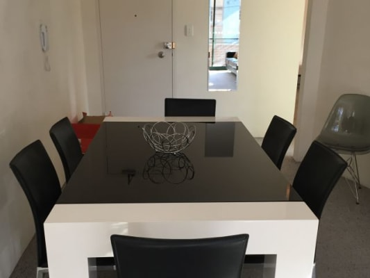 $180, Flatshare, 2 bathrooms, Dangar Place, Chippendale NSW 2008