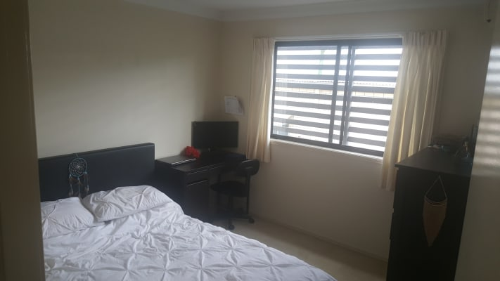 $180, Share-house, 3 bathrooms, Bayliss Street, Toowong QLD 4066