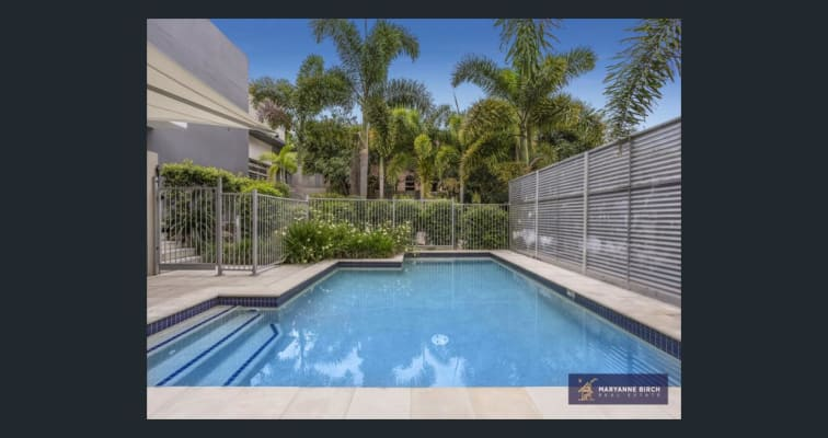 $210, Flatshare, 3 bathrooms, Paradise Street, Highgate Hill QLD 4101