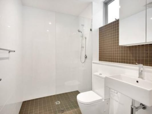 $330, Flatshare, 2 bathrooms, Illawarra Road, Marrickville NSW 2204