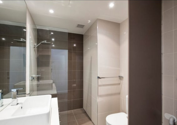 $290, Flatshare, 2 bathrooms, Garden Street, South Yarra VIC 3141