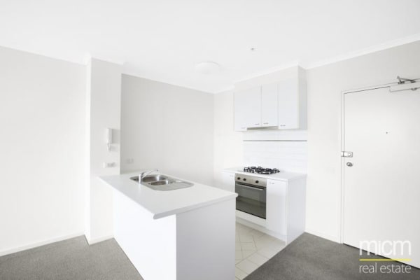$295, Flatshare, 2 bathrooms, Wells Street, Southbank VIC 3006