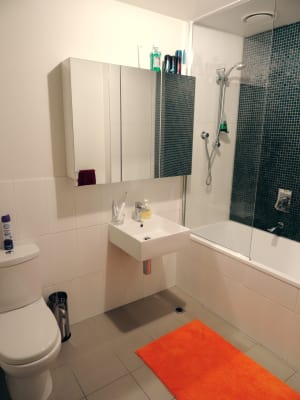 $180, Flatshare, 2 bathrooms, Duggan Street, Brunswick West VIC 3055