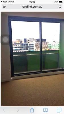 $470, 1-bed, 1 bathroom, Swanston Street, Carlton VIC 3053