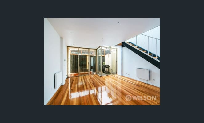$550, Whole-property, 2 bathrooms, Carlisle Street, Saint Kilda VIC 3182