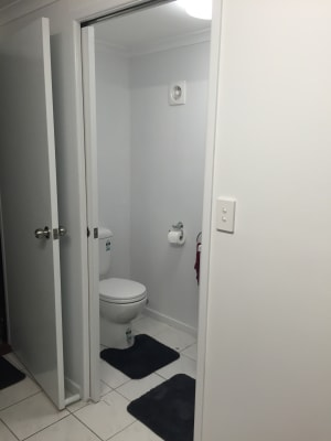 $250, Studio, 1 bathroom, Windemere Court, Albany Creek QLD 4035