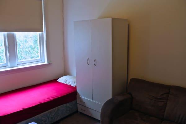 $175, Flatshare, 3 bathrooms, Hall Street, Bondi Beach NSW 2026