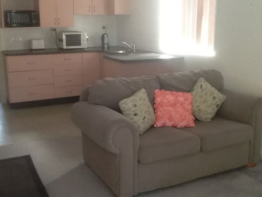 $255, Granny-flat, 1 bathroom, Romford Close, Davistown NSW 2251