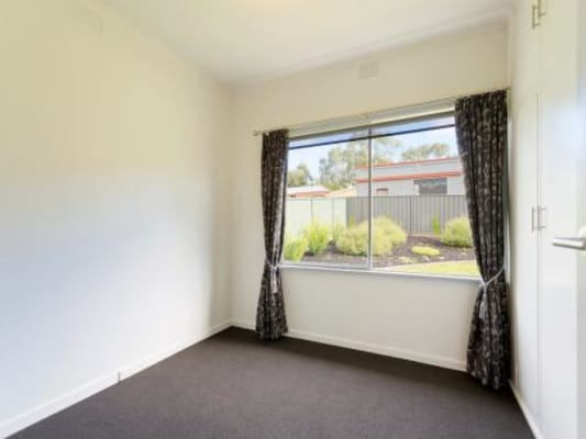 $180, Share-house, 3 bathrooms, Walker Street, Castlemaine VIC 3450