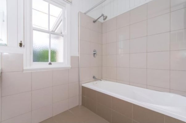 $165, Share-house, 4 bathrooms, Primrose Terrace, Red Hill QLD 4059
