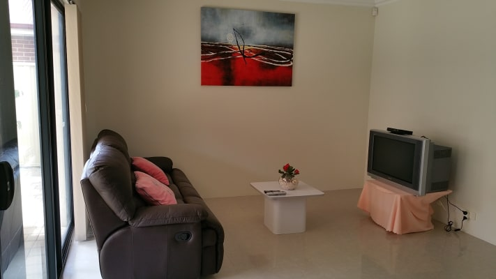 $180, Share-house, 3 bathrooms, Memorial Avenue, Carlisle WA 6101