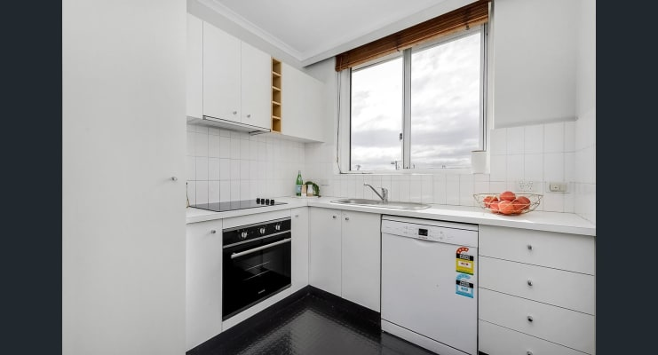 $200, Flatshare, 2 bathrooms, McKay Street, Coburg VIC 3058