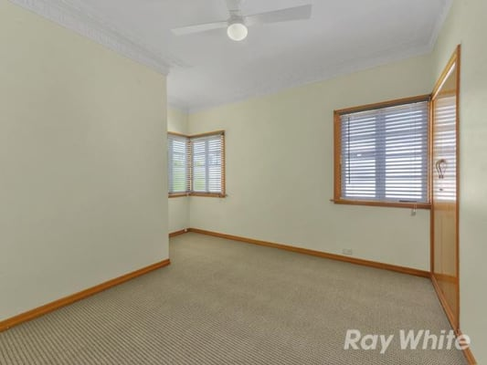 $240, Share-house, 3 bathrooms, Willmington Street, Newmarket QLD 4051