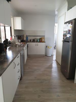 $220, Student-accommodation, 5 bathrooms, Alan Avenue, Charmhaven NSW 2263