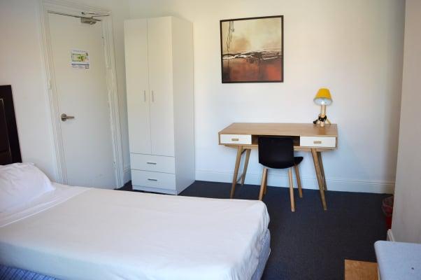 $425, Flatshare, 1 bathroom, Chalmers Street, Sydney NSW 2000