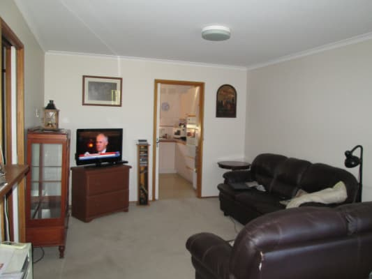 $135, Flatshare, 2 bathrooms, Thornton Street, Macleod VIC 3085