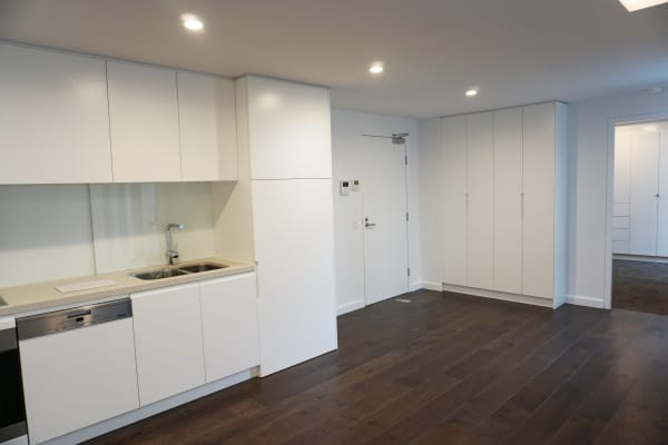 $830, Whole-property, 2 bathrooms, Military Road, Neutral Bay NSW 2089