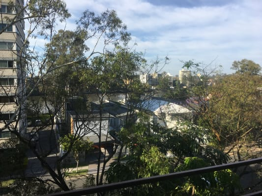 $195, Flatshare, 3 bathrooms, Ryan Street, West End QLD 4101