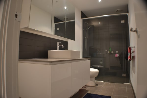 $150, Flatshare, 2 bathrooms, Marmion Place, Docklands VIC 3008